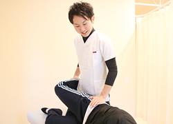 丸亀坂口鍼灸整骨院・整体院:美容整体の施術写真